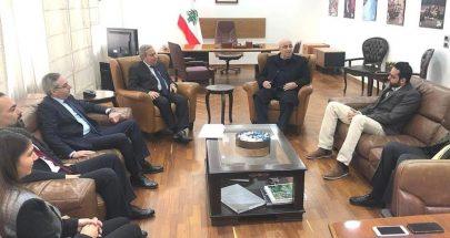 حزب التوحيد العربي زار وزير الشؤون الاجتماعية والسياحة مهنئاً image