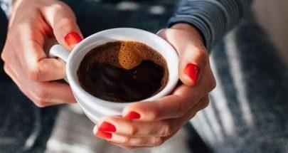 مخاطر شرب القهوة في الطقس الحار image