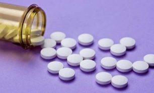 """هل يجب تناول الأسبيرين قبل تلقي """"أسترازينكا"""" وما العلاج بعد حصول الجلطة؟ image"""