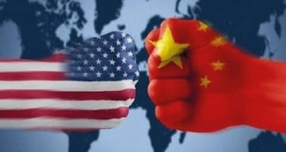 التوتر الاقتصادي بين الولايات المتحدة والصين يزيد المخاطر التجارية العالمية image