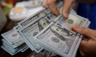 تحرّك دراماتيكي لسعر الدولار في السوق السوداء.. هل من أشباح؟ image