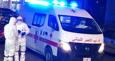 نقل عامل تنظيفات من برقايل بعد الاشتباه باصابته بكورونا الى مستشفى الراسي image