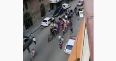تظاهرة في طرابلس يشارك فيها أطفال... خرقت التعبئة العامة image