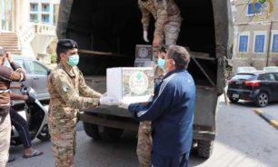 بالصور: مساعدات غذائية من الجيش لأهل طرابلس! image