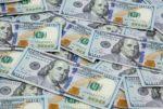 سعر دولار السوق السوداء... الى انخفاض! image