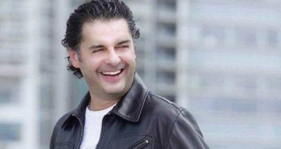 مصافحة من نوع اخر بين الفنان راغب علامة والممثل ميشال ابو سليمان والسبب كورونا image