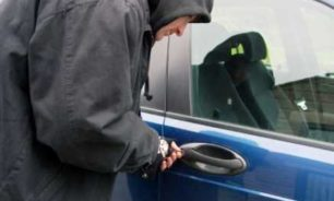 سرقة سيارة في كفرسالة عمشيت image