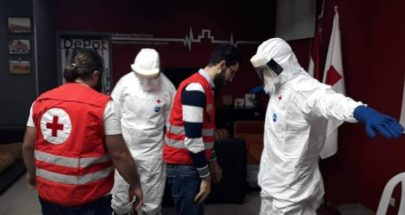 """من جنود مواجهة """"كورونا""""... الصليب الأحمر والدفاع المدني """"يد واحدة"""" image"""