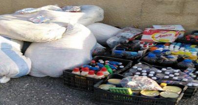 بالصور: سوريان يبيعان بضائع فاسدة في عرسال! image