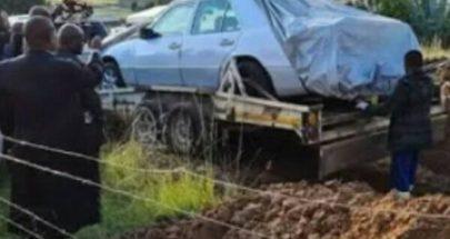 """دفن """"زعيم أفريقي"""" بسيارته المرسيدس image"""