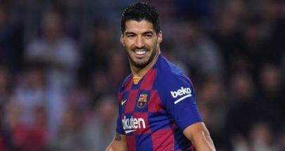 سواريز يرد على اتهام لاعبي برشلونة بالتأخر بخفض رواتبهم image