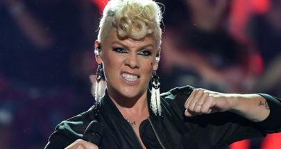مغنية أميركية شهيرة تتبرع بميلون دولار بعد شفائها من كورونا image