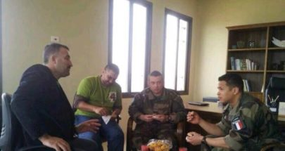 هبة طبية من الجنود الفرنسيين في اليونيفيل الى بلدية شبعا image