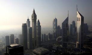 ولي عهد دبي يعلن استئناف الحركة الاقتصادية في الإمارة image