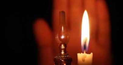 إنقطاع الكهرباء عن دبعل الضنية بعد سقوط عمودين للكهرباء image