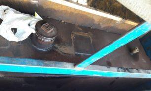 توقيف شاحنة مجهزة بخزانات مازوت مخفية كانت في طريقها الى سوريا image