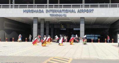 مصر تعيد فتح المطارات والمتاحف وأهرامات الجيزة image