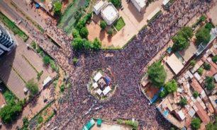 احتجاجات مستمرة في مالي.. والرئيس يعلن حل المحكمة الدستورية image
