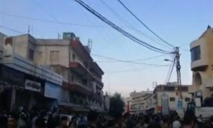 تلاسن بين محتجين ومناصرين للاشتراكي في قبرشمون image