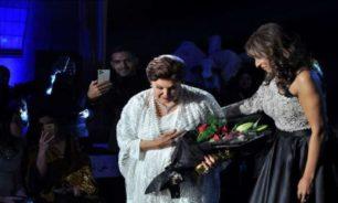 محطات في حياة رجاء الجداوي التي بكت أمام السيسي وأبكته (فيديو) image