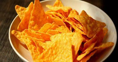 كيف تتناول رقائق البطاطس دون الإضرار بالصحة image