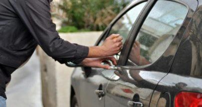 محاولة فاشلة لسرقة سيارة في سير الضنية image