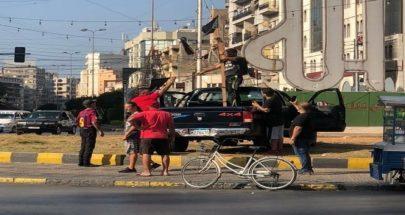 رفع منصة المشانق في ساحة النور في طرابلس image