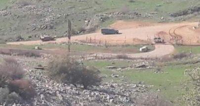 ثلاث دبابات اسرائيلية خرقت السياج التقني في ميس الجبل image