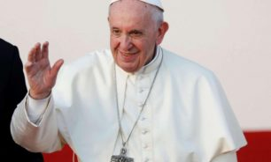 مسؤول بالفاتيكان يعلق على كلام البابا حول حق المثليين بتكوين أسرة image