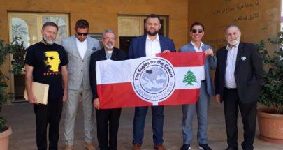 وفد بولوني عرض مشروع اكاديمية لكرة القدم ودعم للمدارس الخاصة image