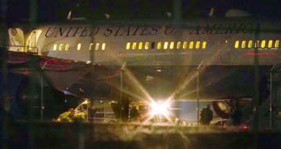 بسبب مشكلة في المحرك.. طائرة مايك بنس تعود إلى المطار في نيو هامبشير image
