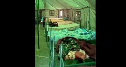 بالفيديو بعد ما دمر الإنفجار مبنى مركزهم... شباب إطفاء بيروت ينامون في خيمة image