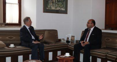 أمين الجميل استقبل سفير الأردن في لبنان image