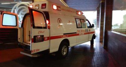 الدفاع المدني: 3 جرحى جراء حادث سير على طريق عام صور image
