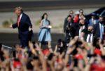 4 أيام على الانتخابات.. ماذا يقول خبيران توقعا فوز ترامب عام 2016؟ image