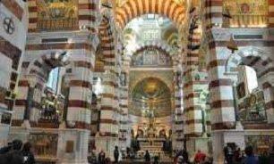 رئيس أساقفة تولوز يعارض نشر رسوم مسيئة للرسول محمد image