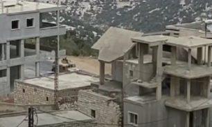 بالفيديو إشتباكات بين شبان وآل الجمل في جبل أكروم... والجيش يرد image