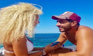 """بالصورة جوانا كركي بالبيكيني على البحر... برفقة """"الملك""""! image"""