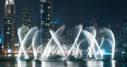 """بالفيديو... دبي تدخل موسوعة """"غينس"""" بـ""""نافورة النخلة"""" image"""