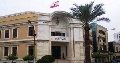 توتر في بلدية طرابلس ورفع صور بشار الاسد... إليكم التفاصيل image