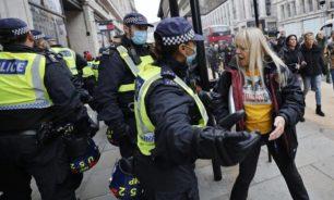 """اشتباكات واعتقالات بسبب """"تدابير كورونا"""" في لندن image"""