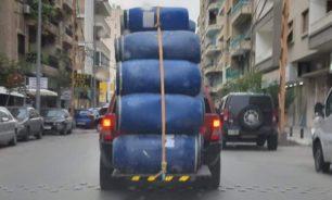 لا تحصل إلاّ في لبنان... حمولة علو طابق image