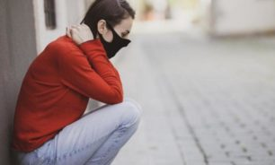 كيف نتعامل مع الإجهاد النفسي بسبب إغلاق كورونا؟ image