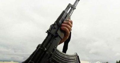 اصابة مواطنة من بلدة الخضر بطلق ناري عن طريق الخطأ image