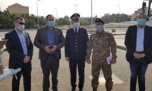 وزارة الصحة سلمت مئة الف كمامة للجيش والامن العام image