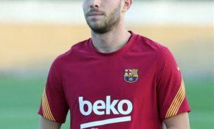 برشلونة يعلن إصابة نجمه روبيرتو بفيروس كورونا image