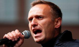 نافالني يعود إلى روسيا رغم التهديدات باعتقاله image