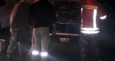 إخماد حريق في محرك سيارة إسعاف الكشاف العربي image