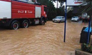 إنقاذ مواطنين احتجزوا داخل سياراتهم في بشمزين image