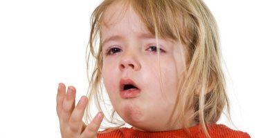 علاج السعال عند الأطفال المصابين بمرض الدفتيريا أو الخناق image